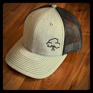 Oak - Trucker Style Mesh Cap